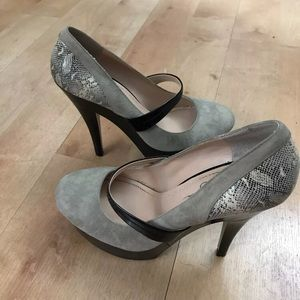 "Jessica Simpson Suede Snake Skin 6"" Pumps  9B"